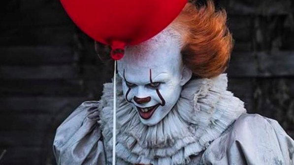 new-pennywise-the-clown-image-for-stephen-kings-it-is-creepy-as-hell-social
