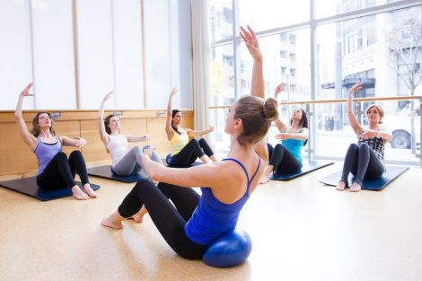 barre3-seated-1800x1200